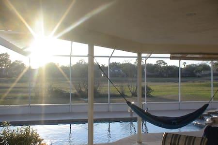 Resort style living. - Plant City - House