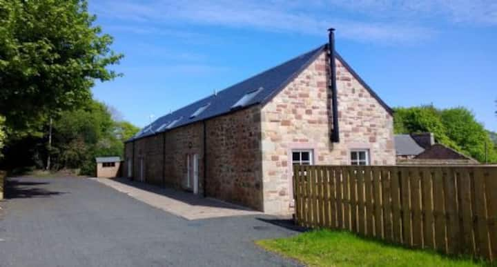 Stewards House-Super fast wifi, self contained cottage