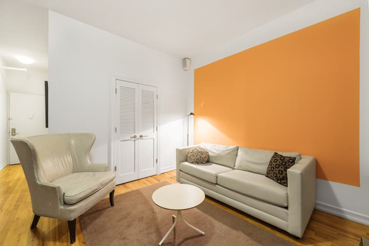 UES One Bedroom near Subways, Museums