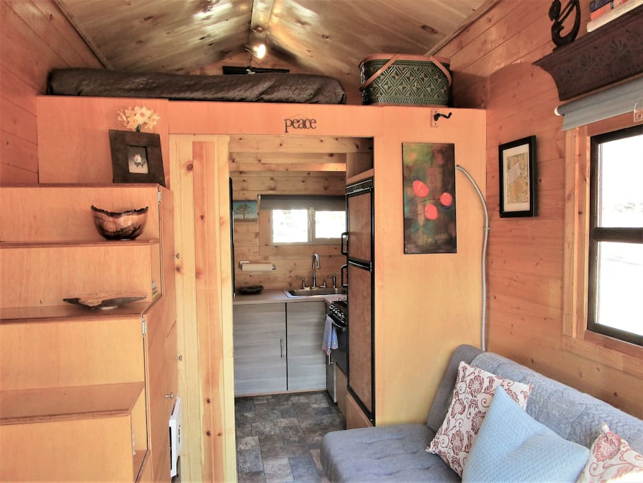 Tiny House On Wheels Thow River Mountain Views Cabins
