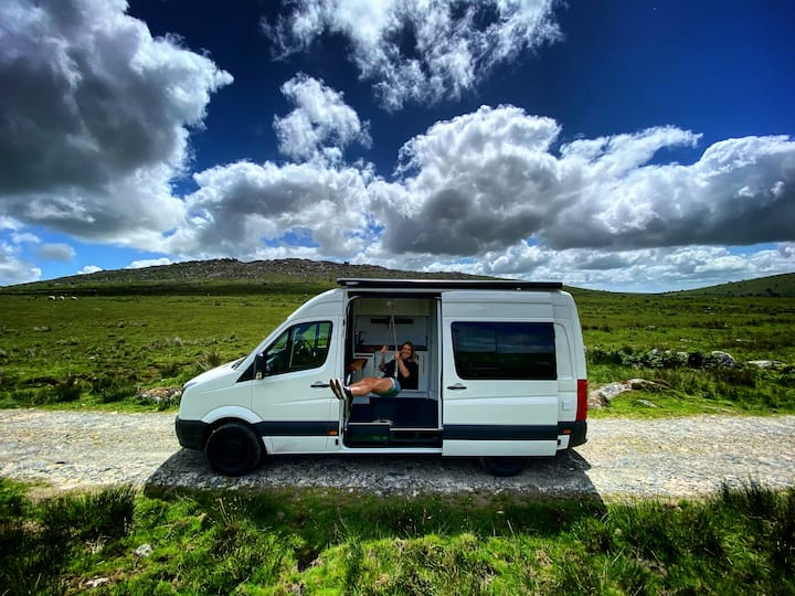 William The Off-grid MWB Crafter Camper Van