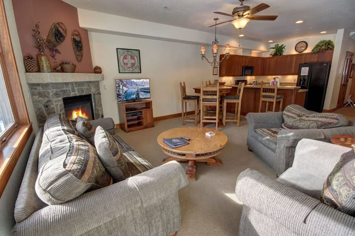 Huge Deck with Mountain Views at this Red Hawk Townhome! Private Grill!