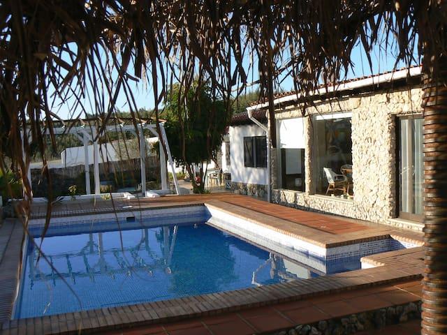 CASA ULDINA: FEELS LIKE HOME! near Lisbon + Obidos