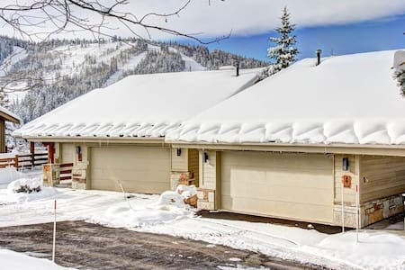 Twin Pines 3-Marvelous 3 Bedroom Condo Mid Mountain at Deer Valley 5 minute walk to Lift with great Mountain View In Park City - Park City - Kondominium