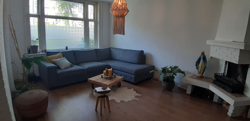 Chilled apartment with garden/bbq