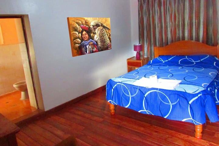 H6 Habitación Matrimonial con baño privado