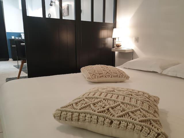 Studio cozy à 300 mètres du centre ville