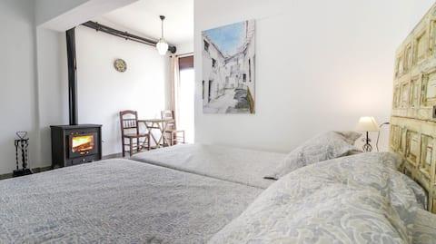 Chimney in the bedroom: Casa Recentar
