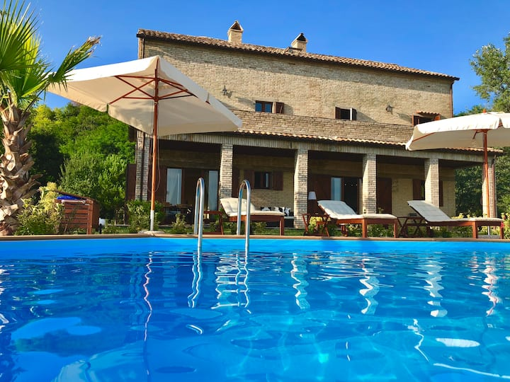 Panoramic view: spectacular villa with heated pool
