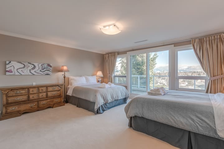 Master Bedroom with Private Ensuite - The Chief