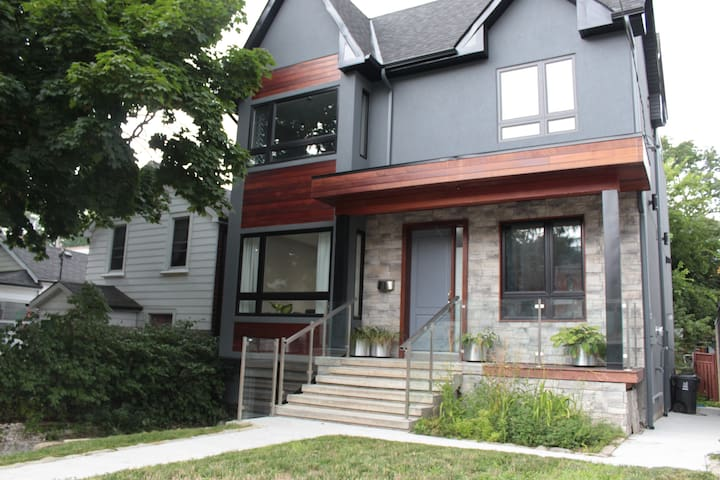 Brand New Modern Toronto House
