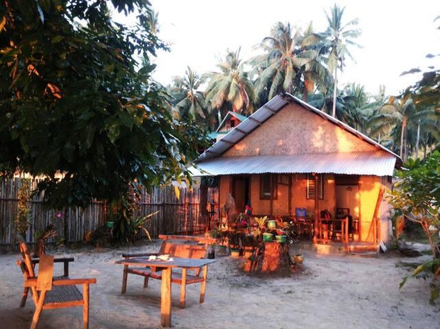 ROOM KAMATIS, Corong Corong,El Nido - El Nido - Bungalow