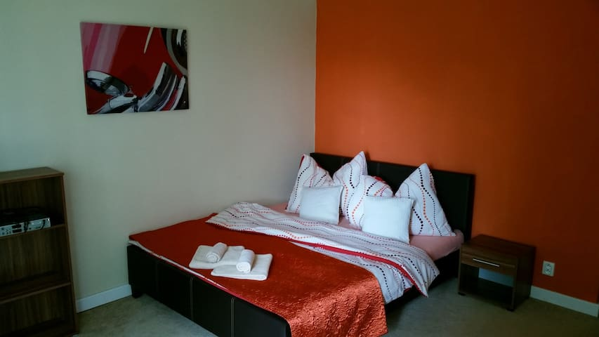 Family Apartment max.6 people, WiFi, TV & rest :) - Poprad - อพาร์ทเมนท์