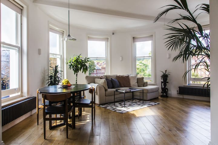 Modern Apartment in Hampstead for 4
