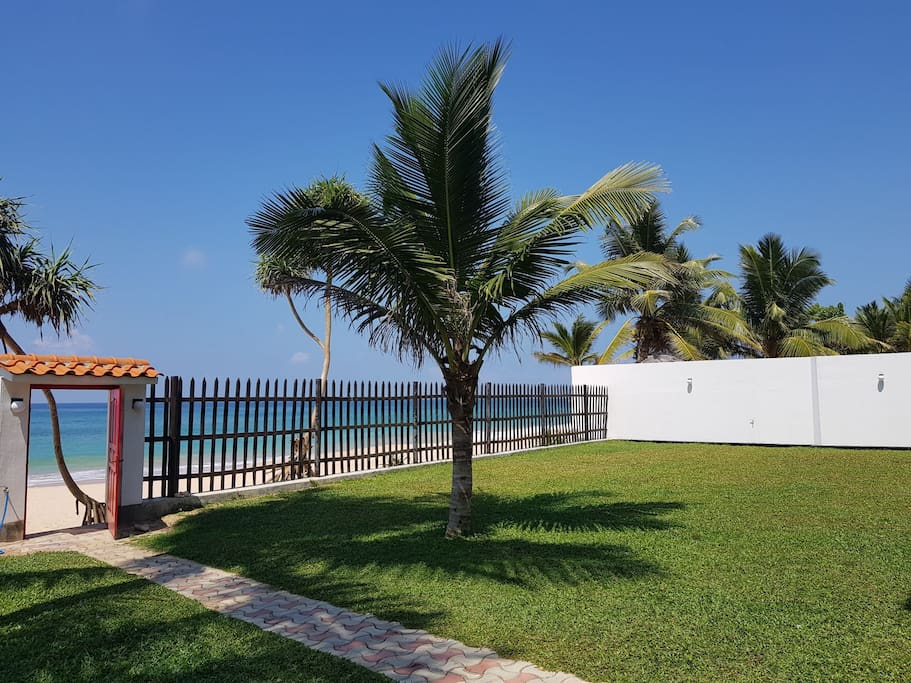 Welcome to the paradise ! Private Beach front Garden!