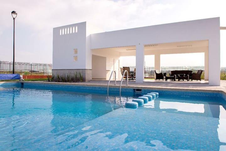 Habitación en privada residencial (A)