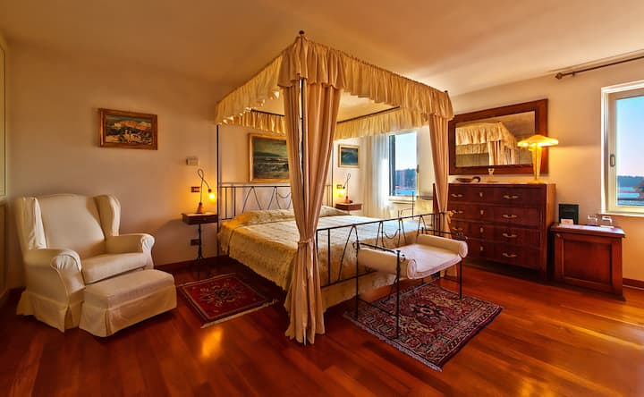 Suite superior room sea view - Villa Tuttorotto