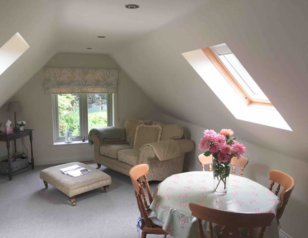 Fabulous Newly Renovated Annexe