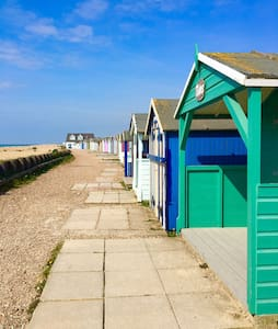 Tamarisk Ferring. Luxury Sea View Flat. Sleeps 4