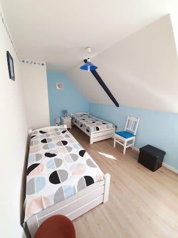 Chambre 2 avec possibilité d'un lit supplémentaire si besoin