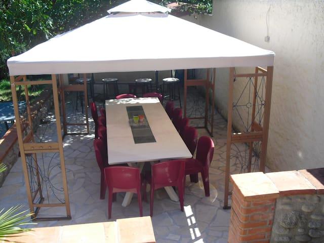 villa pour groupe d'amis ou famille nombreuse - Arles-sur-Tech - Rumah
