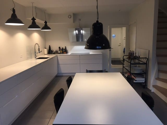 Family friendly townhouse with private courtyard - Kopenhagen - Huis