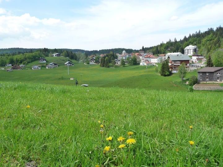 Plain pied avec terrasse et jardin vue nature