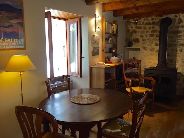 Maison de village en Provence - Sault - House