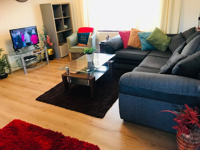 Cozy 3 Bed House Next to Harry Potter &Near London