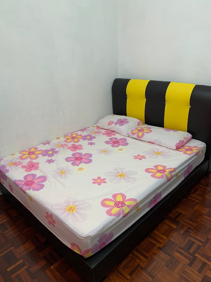 Simple Homestay 3 bedroom with aircond Free Unifi