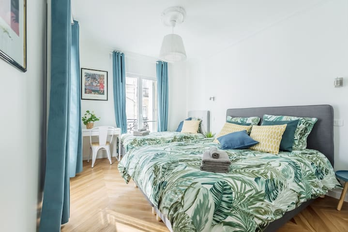 Family flat ideal for 5 - North Marais