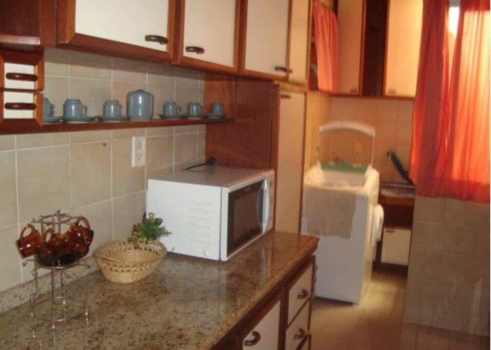 Cozinha/área de serviço equipada