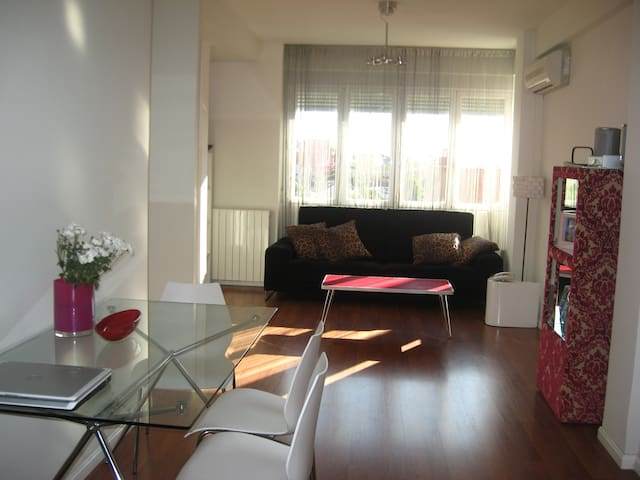 Amazing two bedroom appartment with roof terrace. - Madrid - Apartment