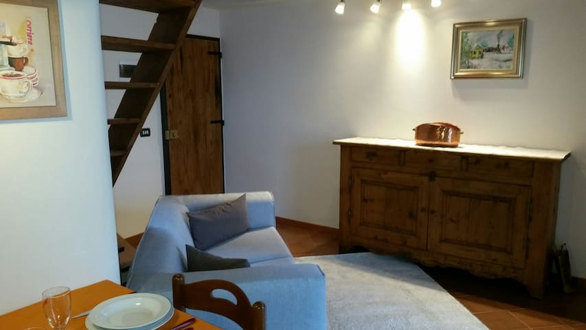 Appartamento tra laghi e monti - Cossogno - Apartmen