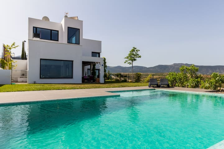 Seclude luxurious house - La Zubia - Villa