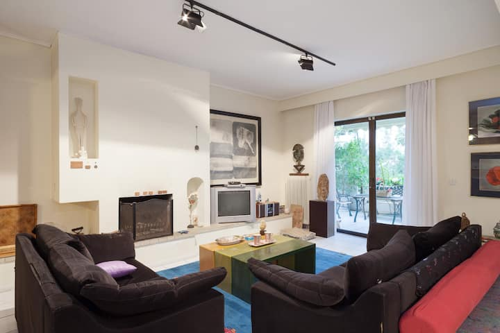 Filyra a spacious artistic flat