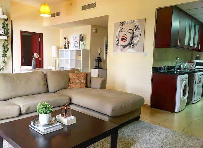 Large Sea View Apartment Jumeirah Beach Residence - Dubai - Appartement