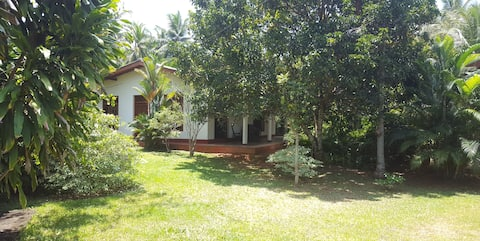 "Vermiete 90m"" Haus im Sri Lanka Beruwela Moragalla"