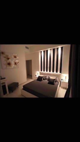 """Interno 7 Luxury Rooms camera matrimoniale"""