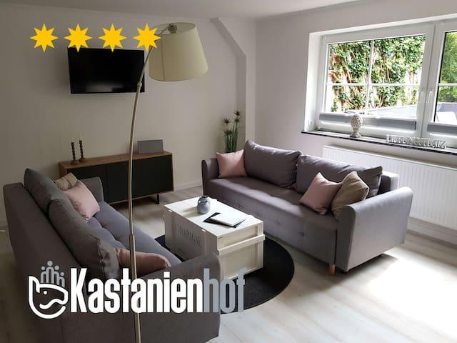 Neu sanierte, große, helle Ferienwohnung (91m²)