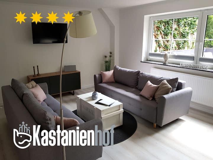 Stilvoll sanierte, helle Ferienwohnung (91m²)