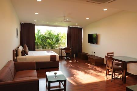 Luxury Club room at Velachery - Chennai - Boutique-hotell