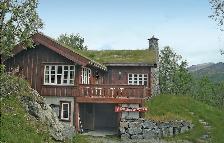 Awesome home in Hemsedal with Sauna, WiFi and 4 Bedrooms