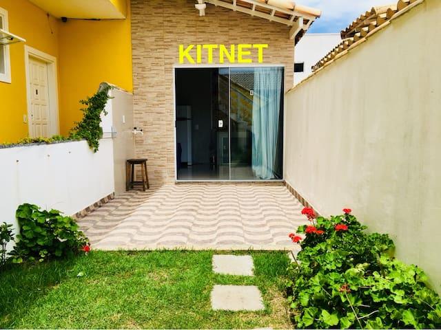 Kitnet em Cabo Frio - Foguete
