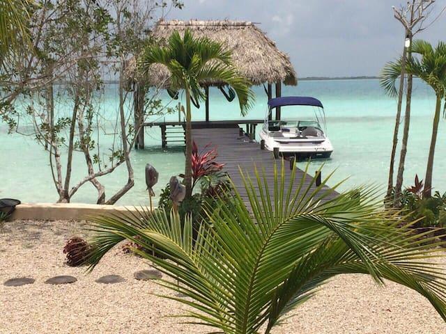 Villas Wayak en la laguna - Bacalar - Villa