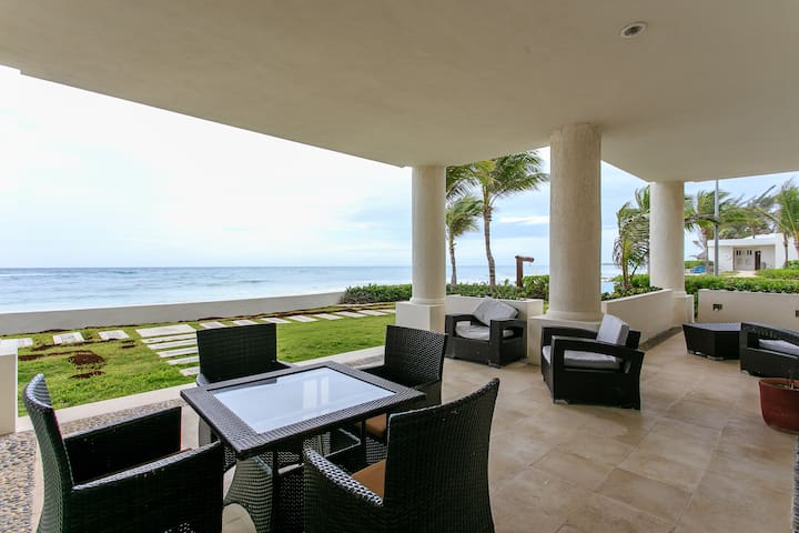 3 BDRM, RELAXING AND WITH SEA VIEW