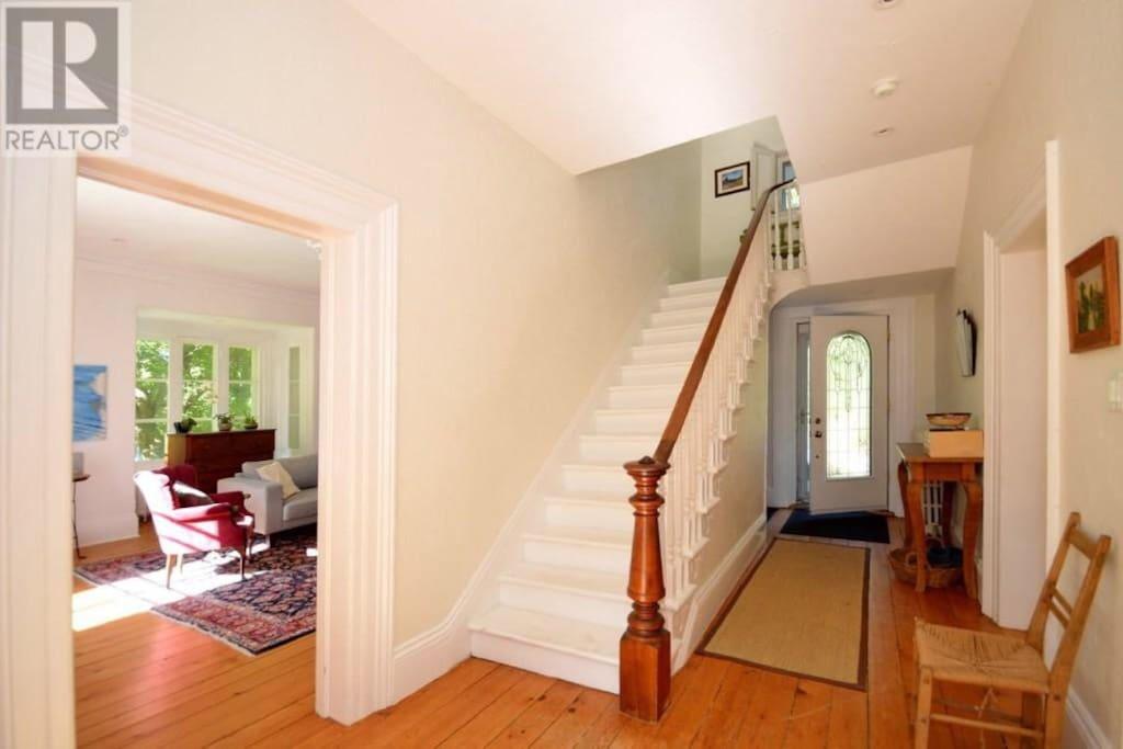 Bright, sunny living room