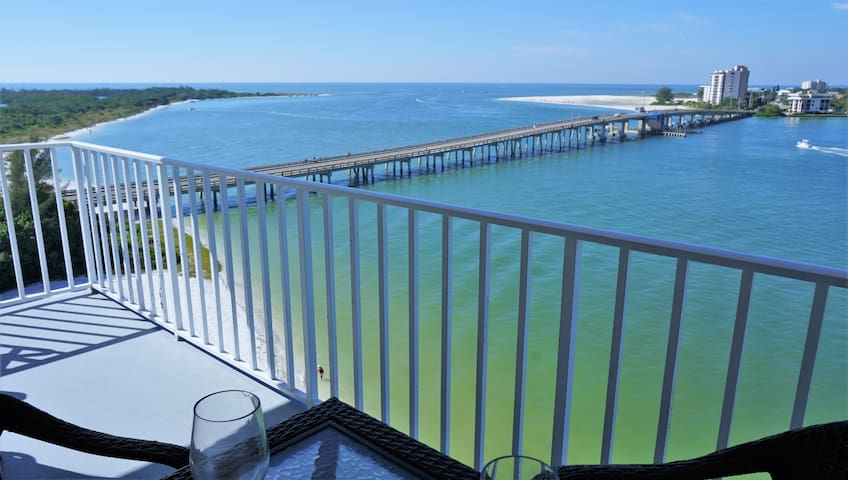 Beachfront Lovers Key Beach Club Condo 802 - Fort Myers Beach - Apartment