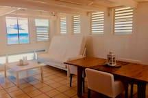 Honeymooner's intimate loft, 360 View,  Apt. 4
