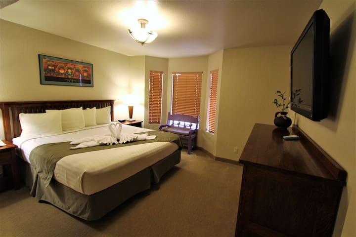 Villas of Sedona - Two Bedroom plus Loft Condo